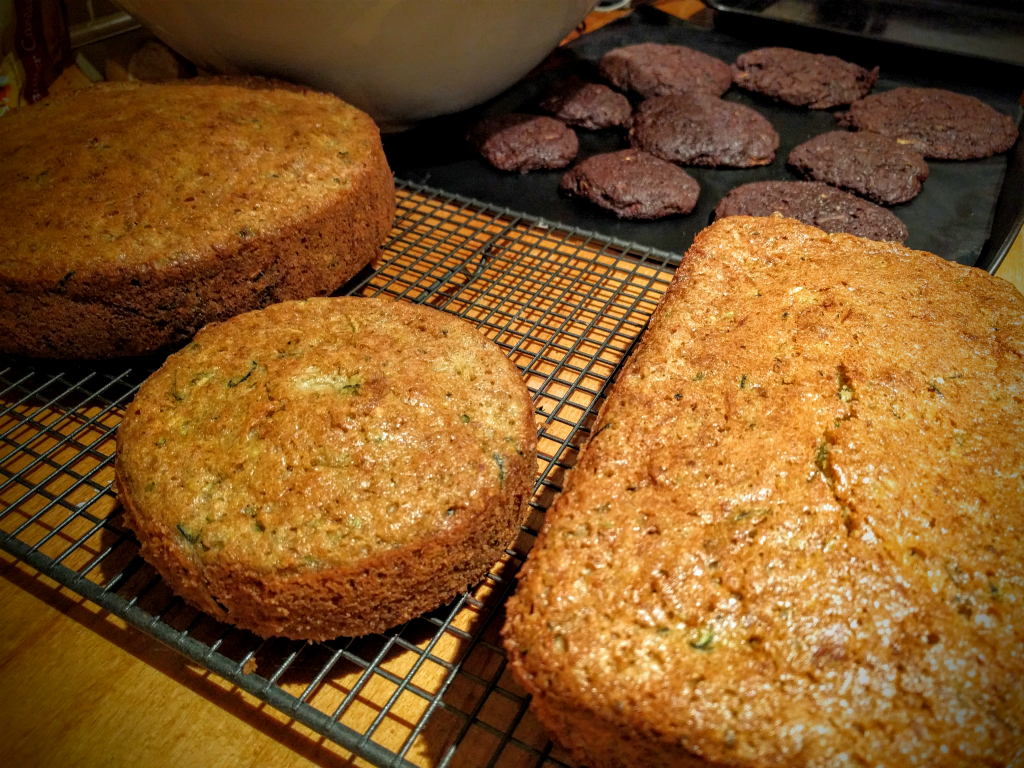 Courgette cake and cookies